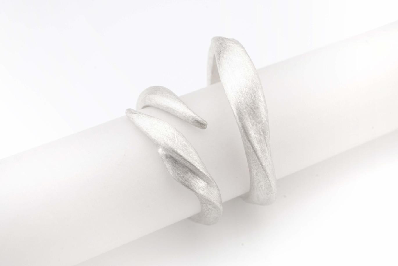 Chia Jewelry客製化婚戒|客製化對戒|訂製婚戒|訂製對戒|婚戒設計|對戒設計|男戒|男婚戒|男戒設計
