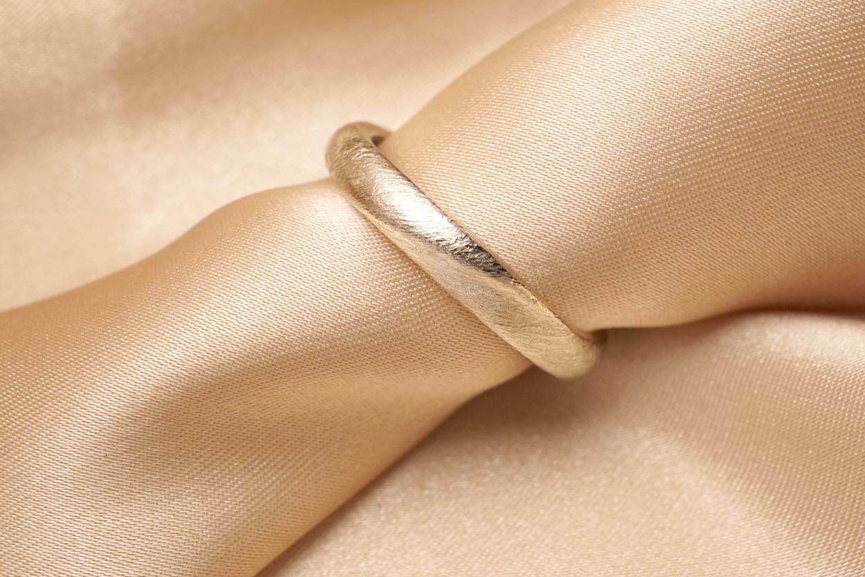 Chia Jewelry定製婚戒|客製化婚戒|訂製對戒|客製化對戒|婚戒品牌|婚戒設計|對戒設計|男戒設計|手工婚戒