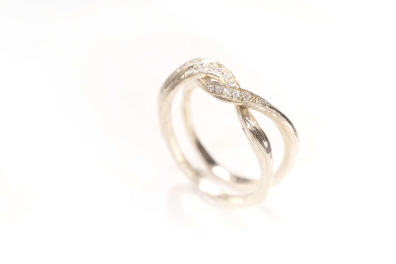 Chia Jewelry婚戒品牌|GIA鑽石|鑽戒|客製化婚戒|客製對戒|簡約婚戒