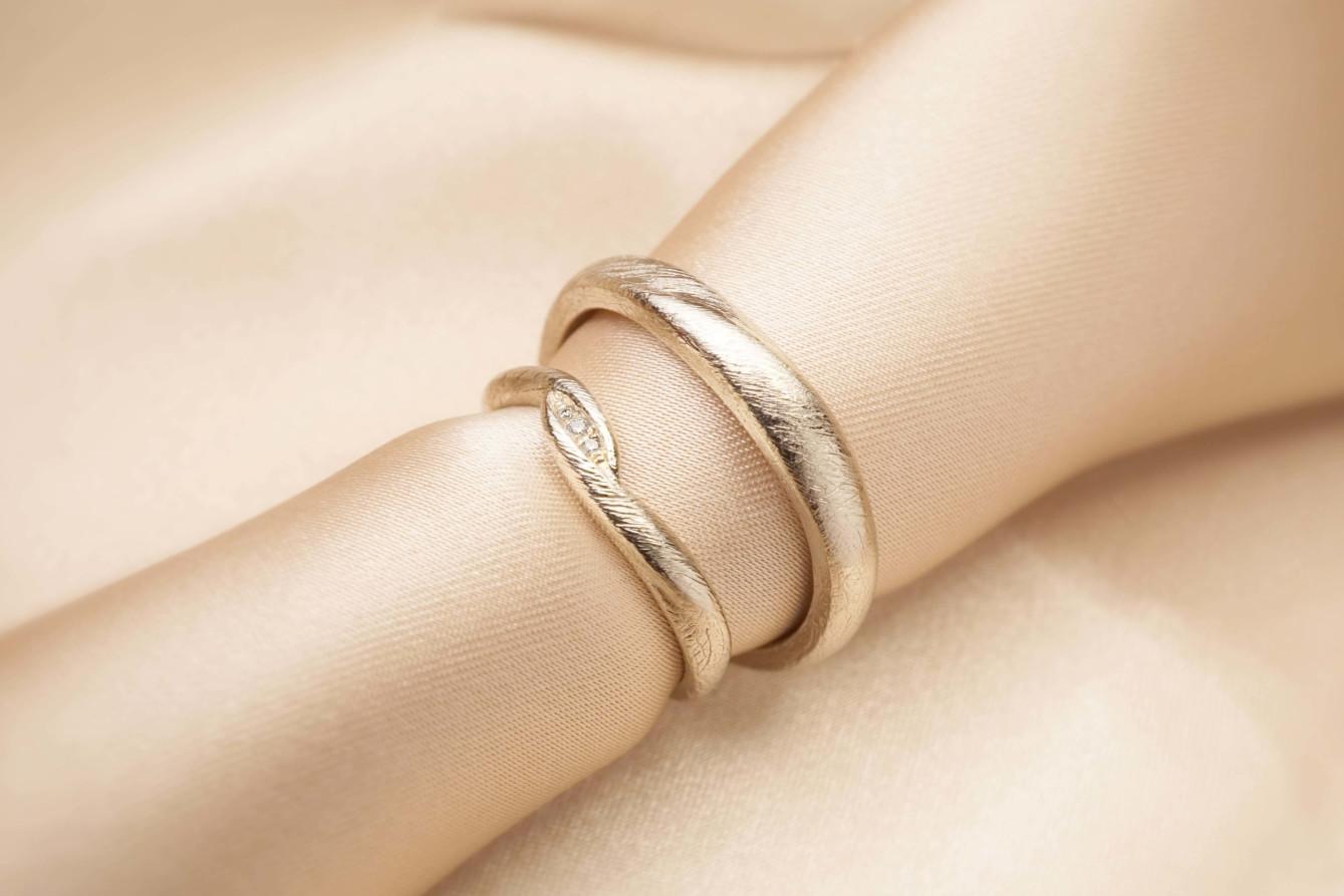 chia jewelry訂製婚戒 婚戒推薦 婚戒品牌 客製化對戒推薦 高雄婚戒 對戒推薦 鑽戒推薦 對戒品牌